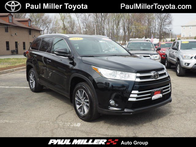 Certified Pre Owned 2017 Toyota Highlander Xle