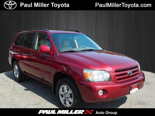 Certified Pre-Owned 2004 Toyota Highlander