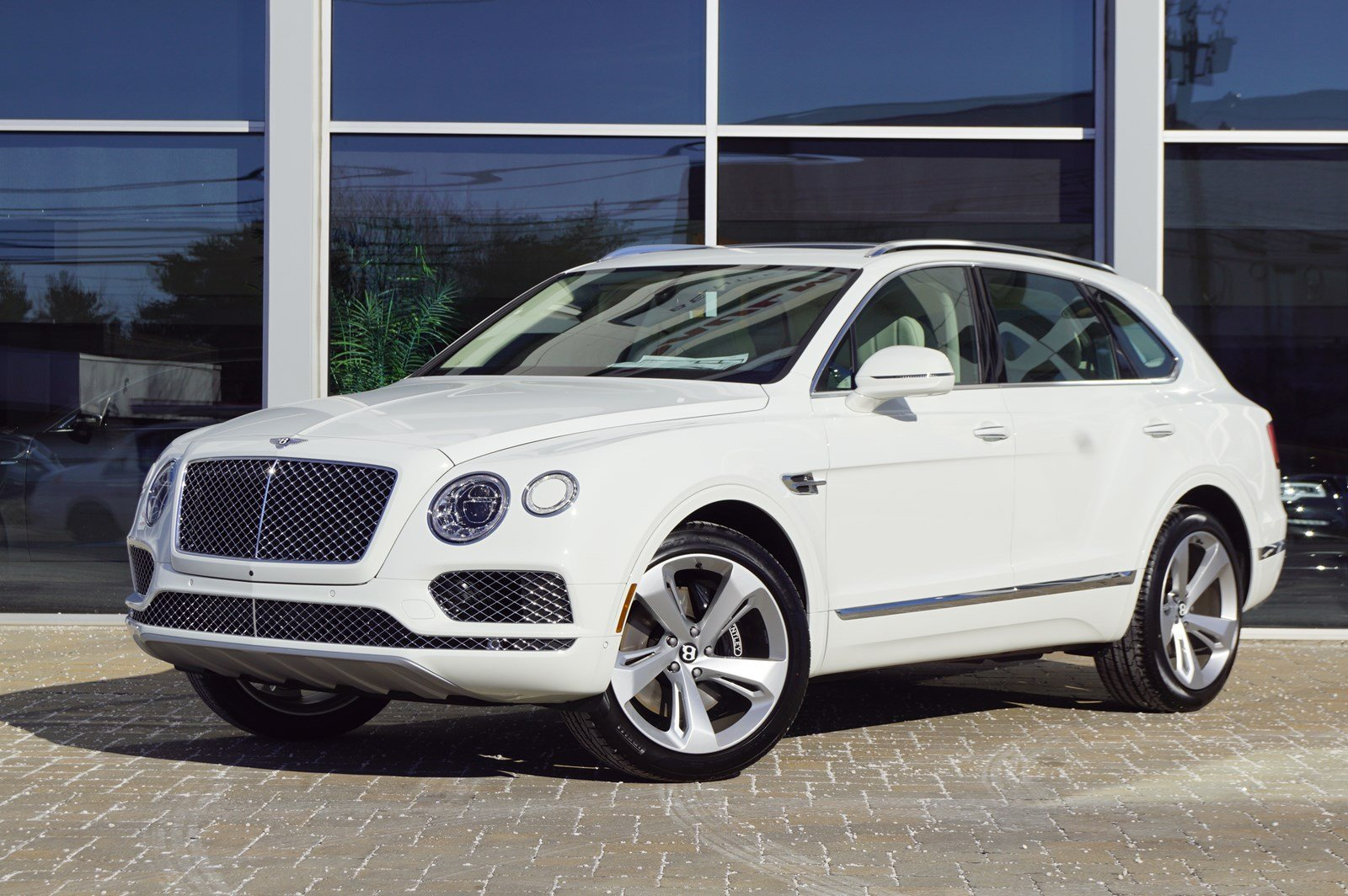New 2019 Bentley Bentayga V8 Sport Utility In Parsippany B21926